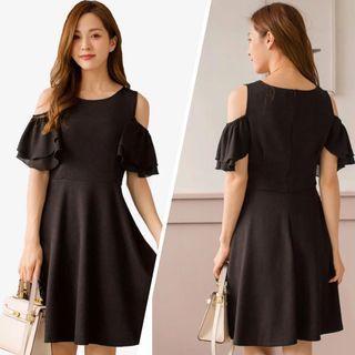 (謝師宴)黑色露肩連身裙
