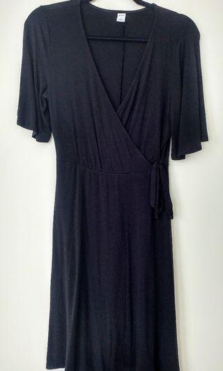 Old Navy black wrap dress (never worn, size small)