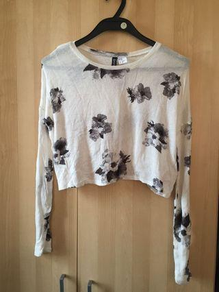 H&M White Floral Knit Top