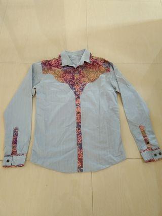 Kemeja fashion kombinasi batik