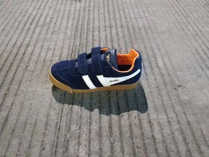 Sepatu Gola kids