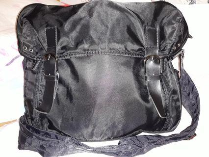 Mens body laptop bag