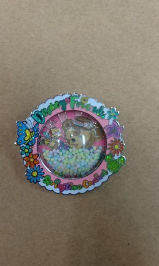 香港迪士尼樂園交換襟章徽章Disney pin ~~ Duffy