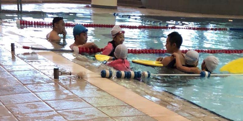 私人游泳教練/小組教學