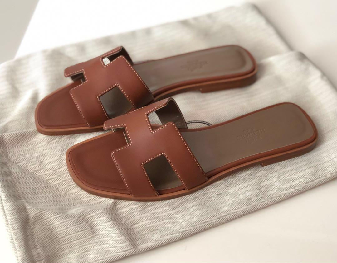 💕SOLD! HERMES Oran Sandals in GOLD 37