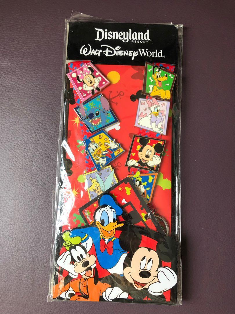 C718–Disneyland Resort襟章8個Pin Trading Lanyard $400