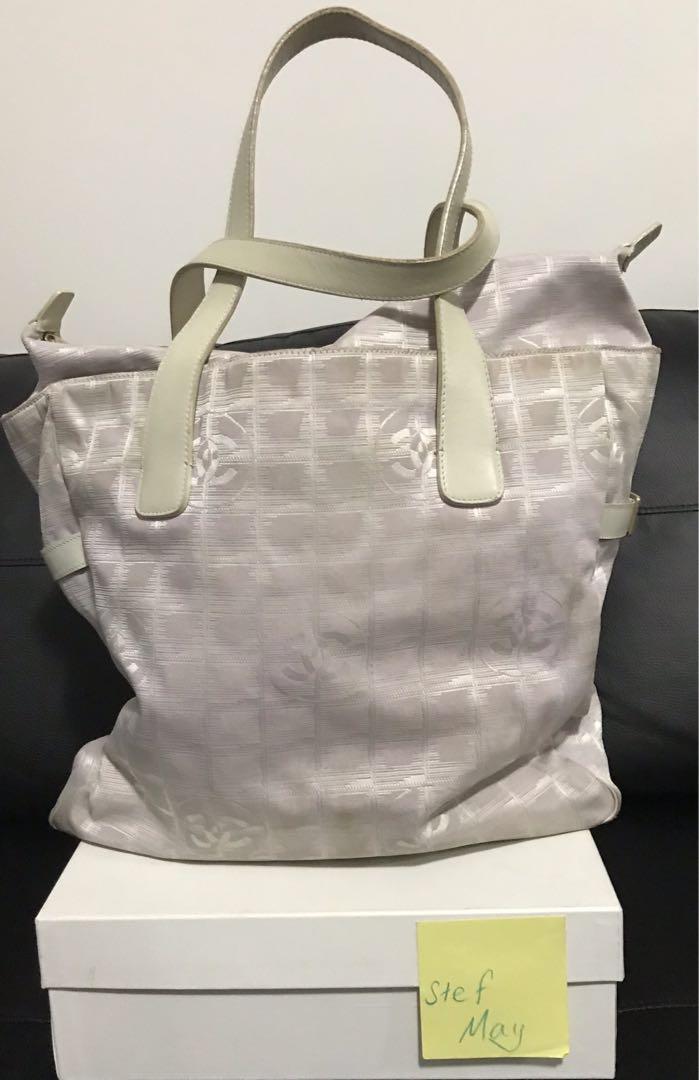 Chanel large Lavender Travel Lin