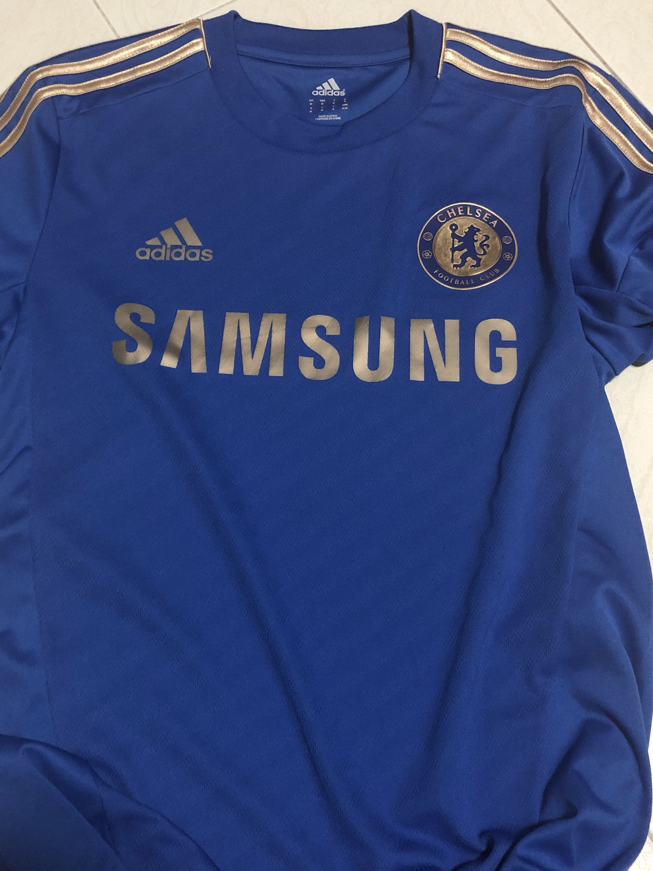3f6bb653fc7 Chelsea Jersey 2012, Sports, Sports Apparel on Carousell
