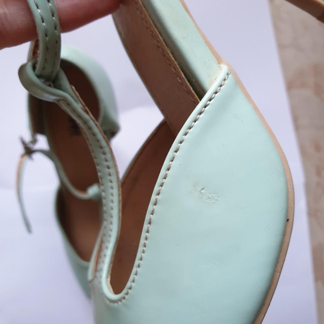 Fioni mint heels