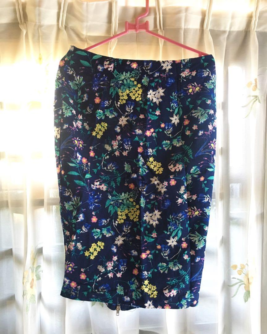 Flower Skirt, Rok Bunga