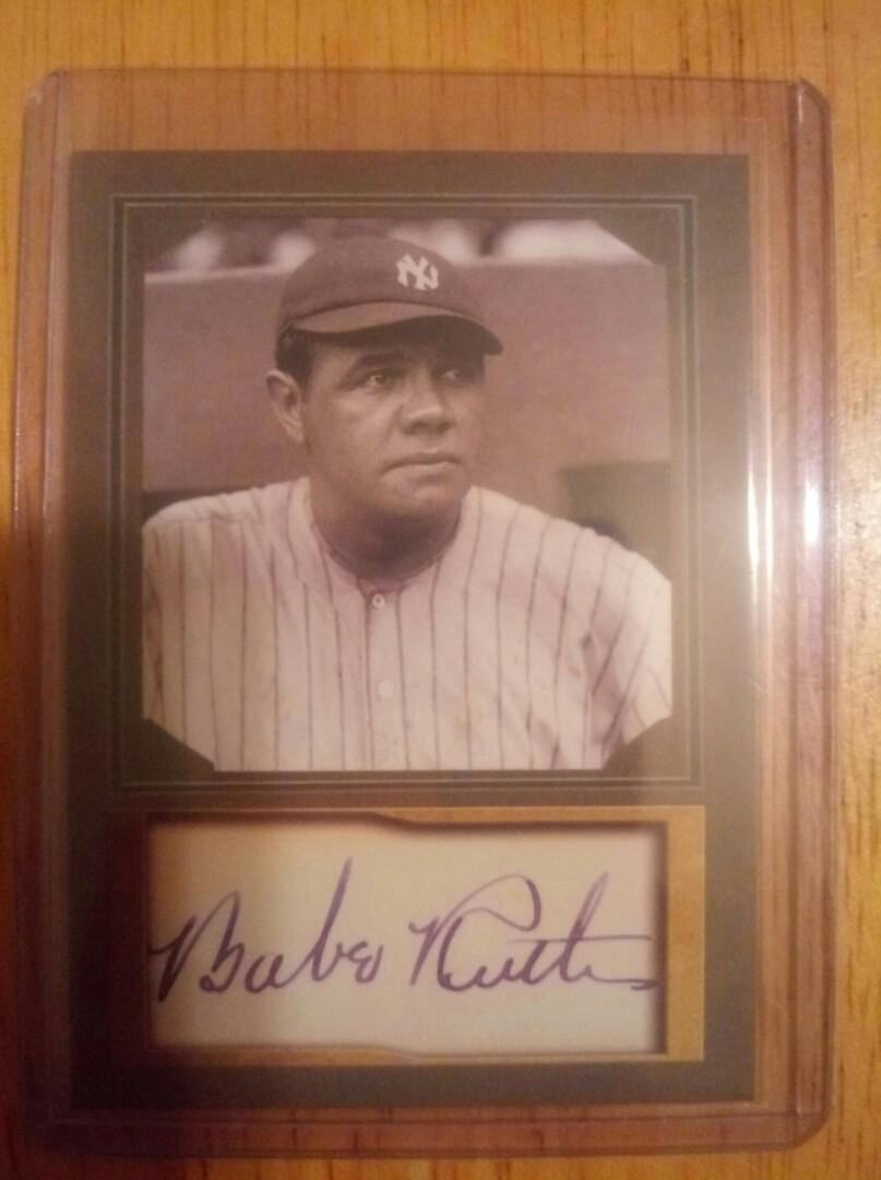 Genuine Babe Ruth baseball card autograph edition limited edition. Shipping available. PayPal accepted.