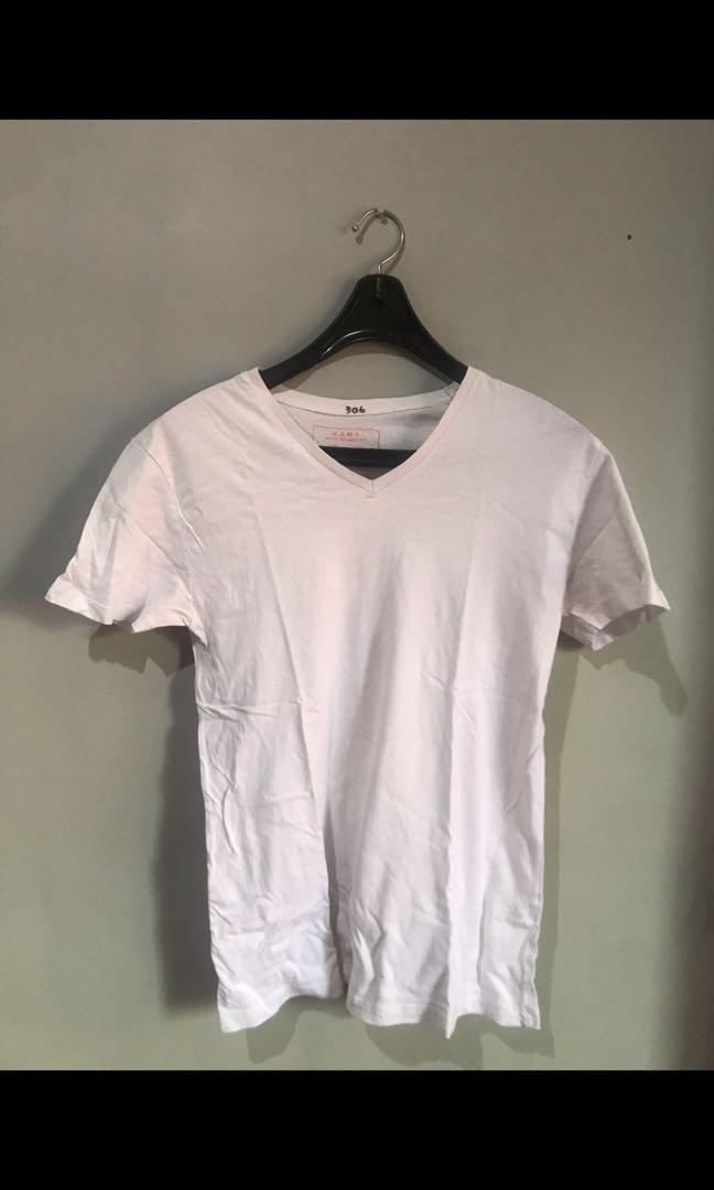 Kaos Zara V neck Putih Size M fit to big L