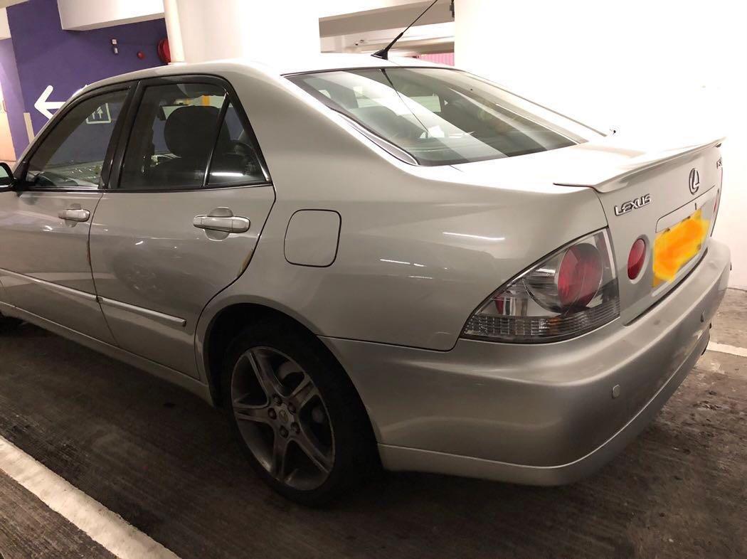 LEXUS IS300 2002