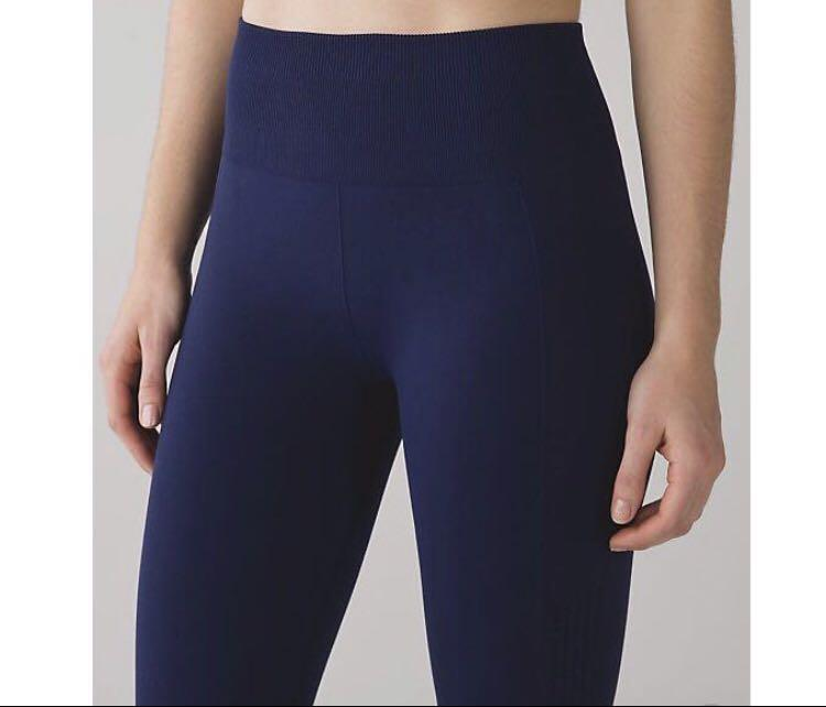 Lululemon Flow and Go Tight Size 4
