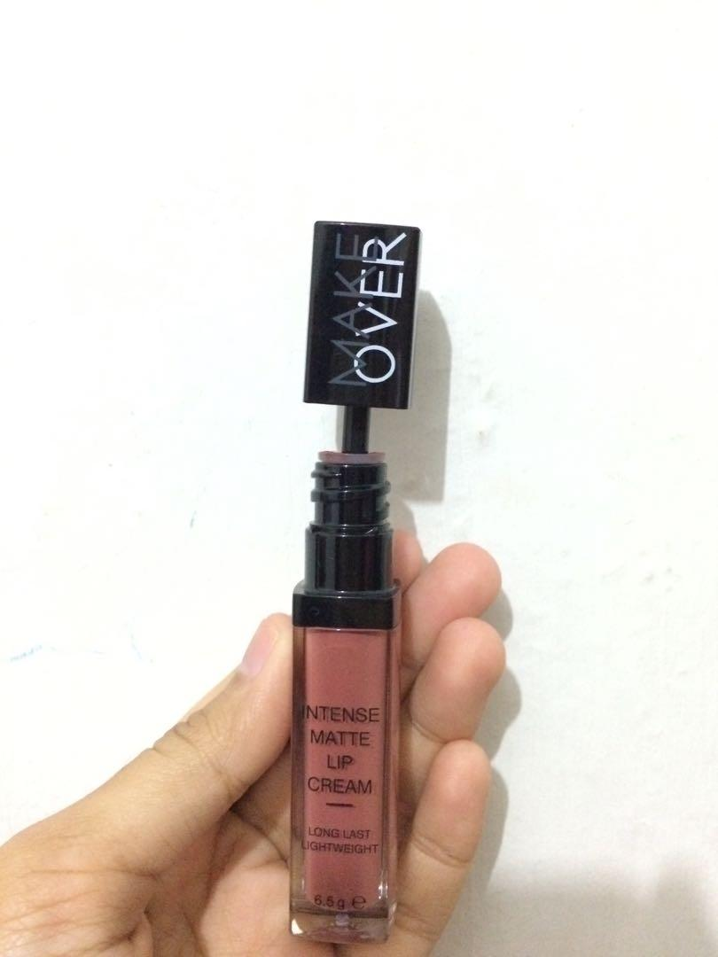 Make Over Intense Matte Lip Cream 11 pompous