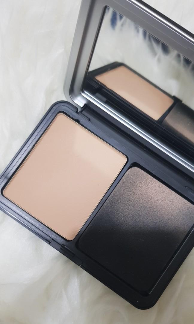 Make Up For Ever MUFE velvet skin compact powder