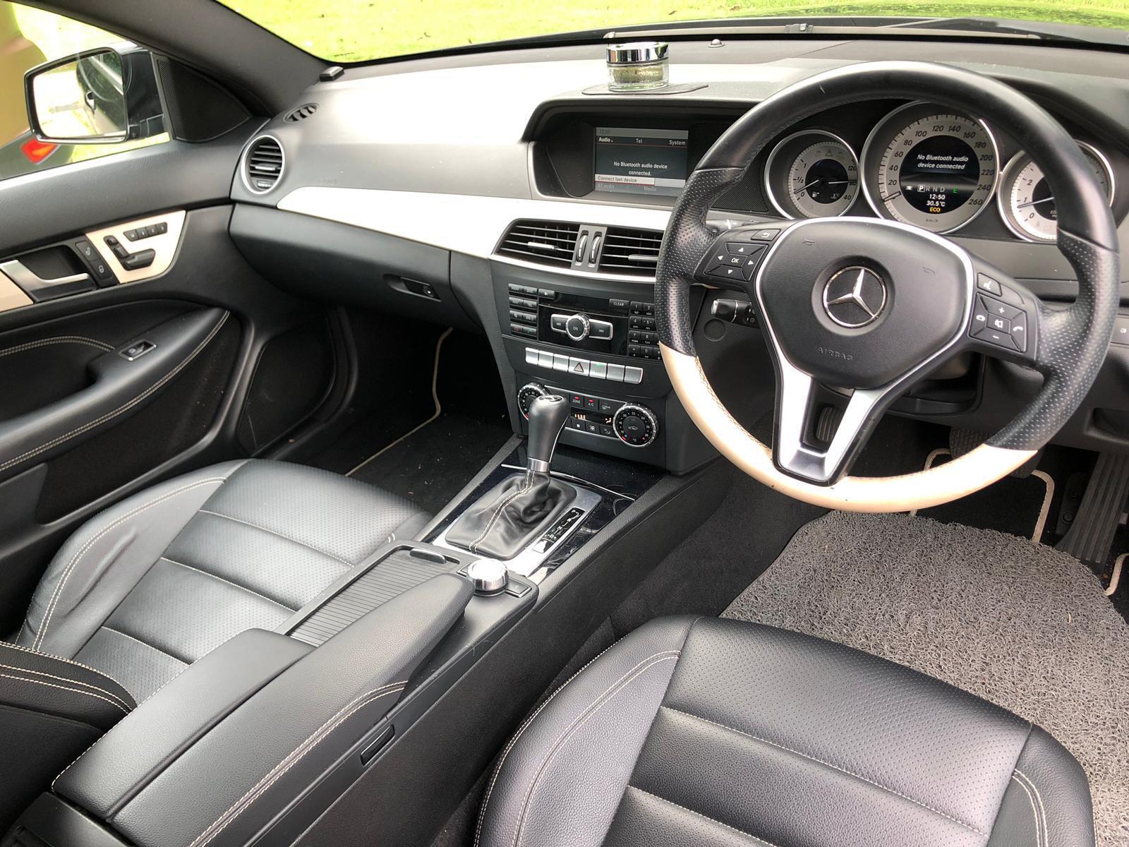 Mercedes-Benz C180 Saloon Auto