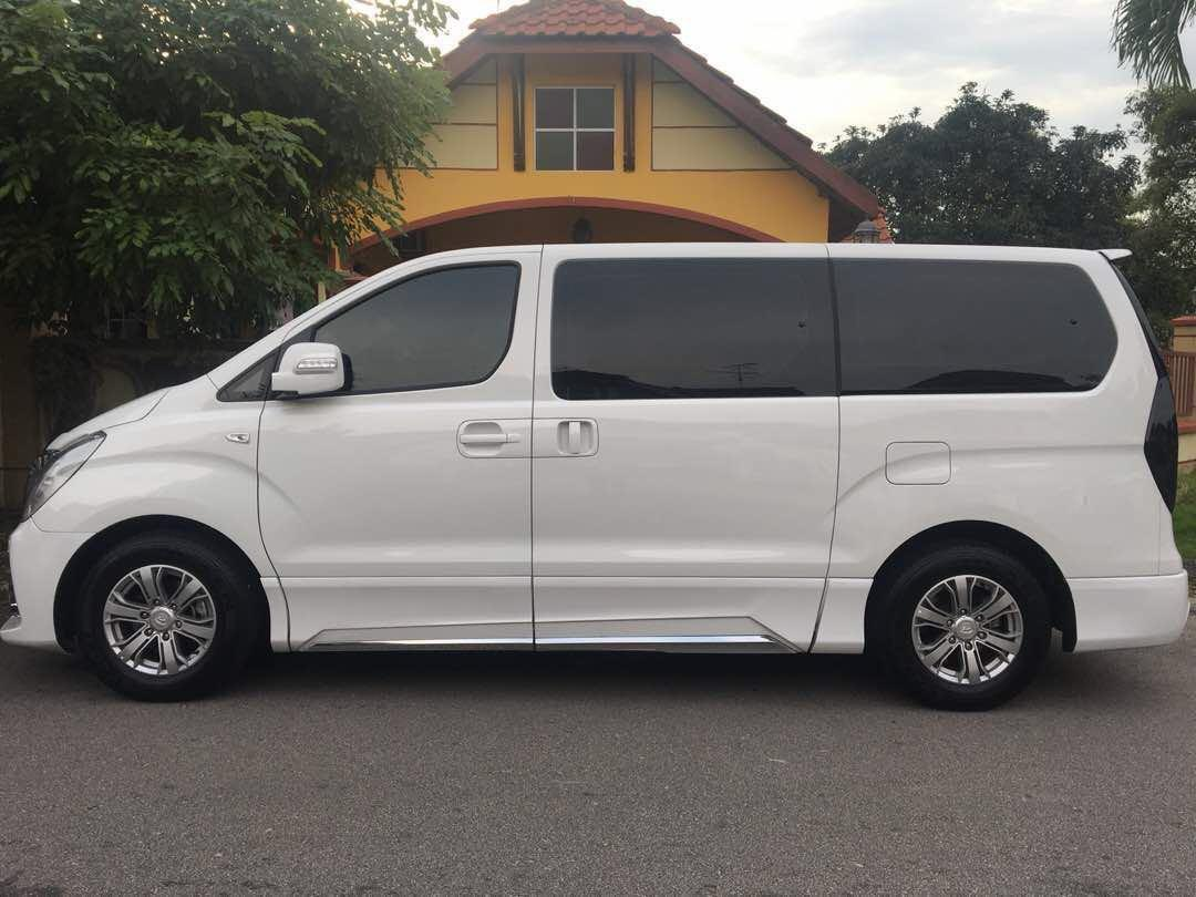 MPV Hyundai Starex 11 Seater /Chauffer /Rental /Tour /Trip /Private Hire/ Transport to Malaysia