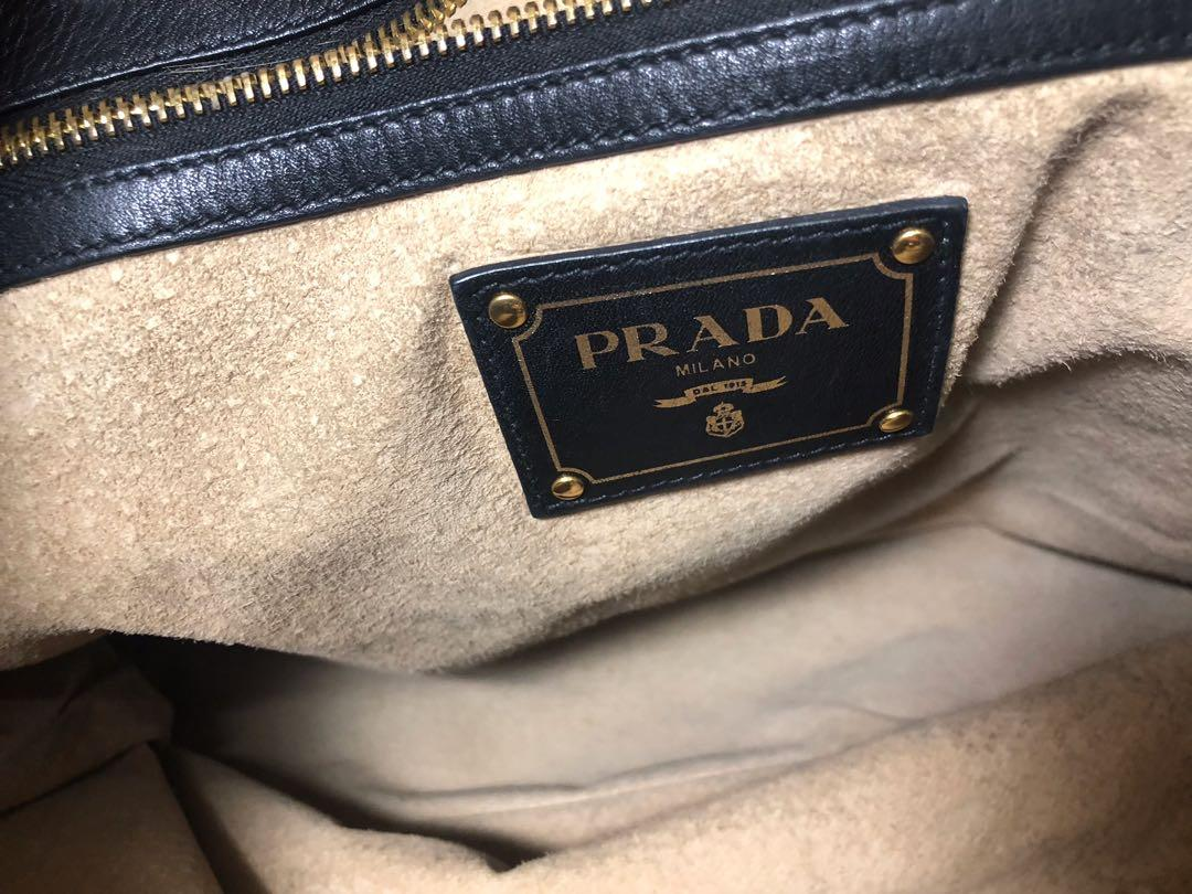 Prada Vitello Daino 100% authentic