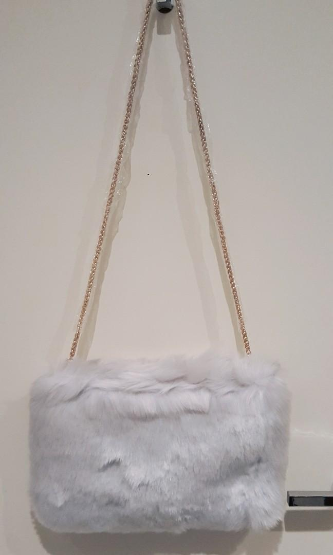 'Rienda' Grey Faux Fur Fluffy Shoudler Bag (NWT) (Japanese Brand)