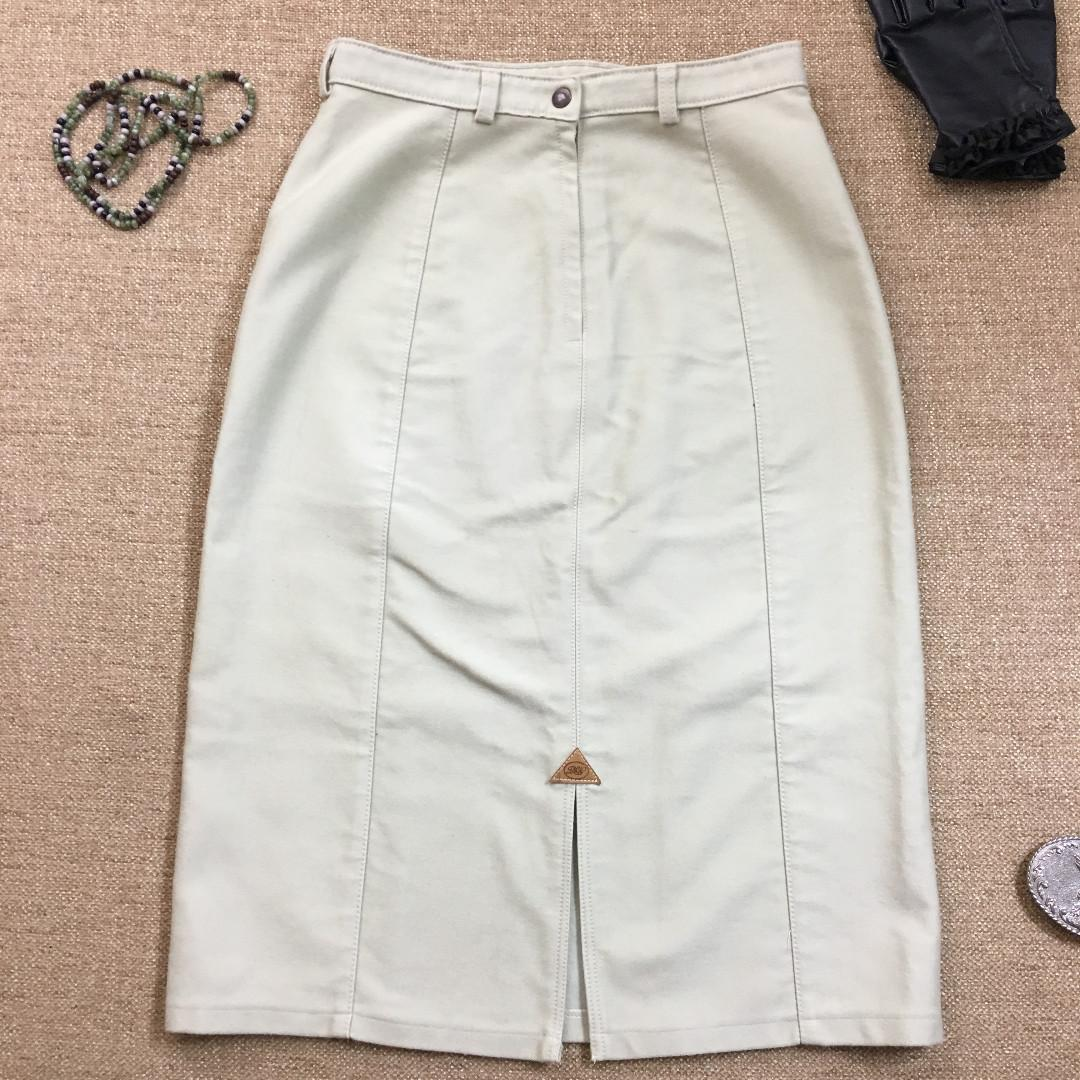 RM Williams - Moleskin Winter Skirt - Size 14 - Made In Australia