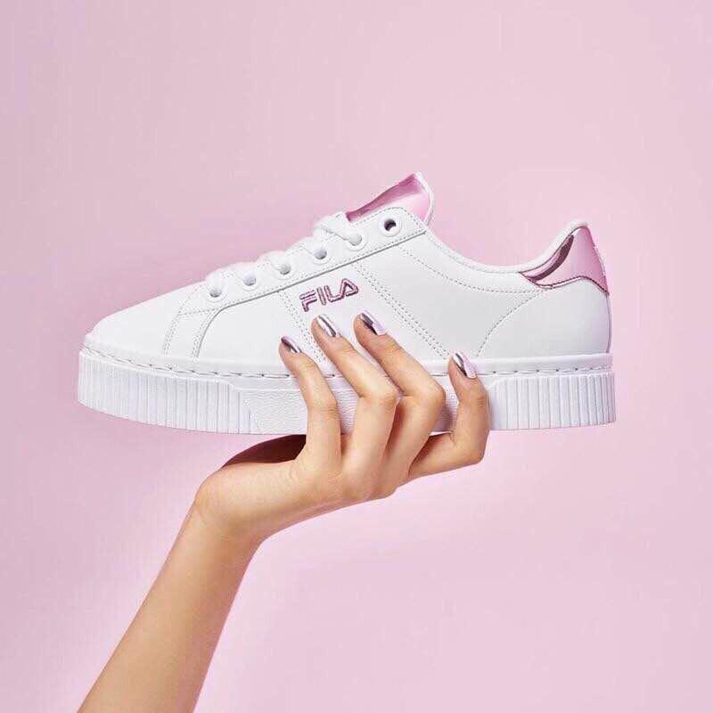 Rose gold Fila shoe, Women's Fashion