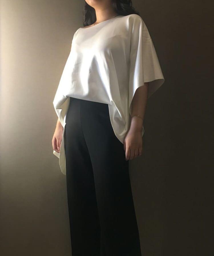 Scuba white top