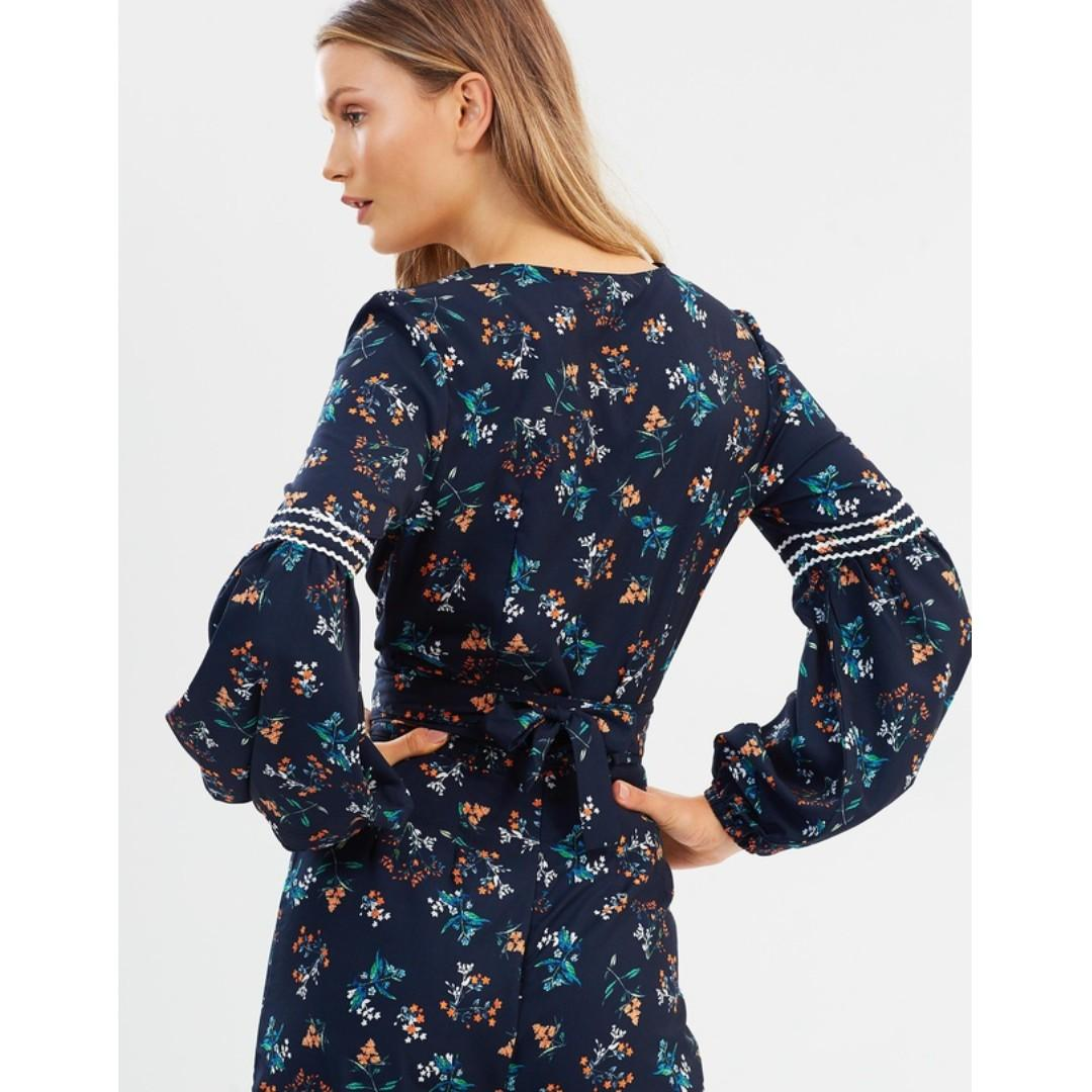 The Fifth Label Skyward Wrap Top Crop Blue Navy V Plunge Tie Floral Iconic