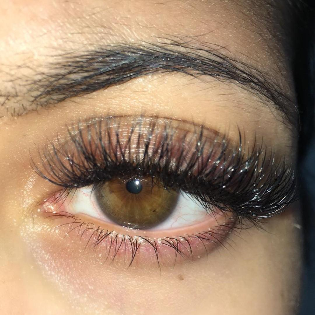 Volume/Hybrid/Classic Eyelash Extensions- VERY discounted rate!!