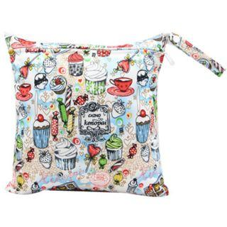 【YYB 12】L Size (30*28cm) Wetbag / Baby Diaper Wet Bag / Childcare Bag / Travel Bag