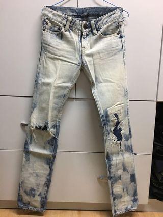 超窄白刷破壞牛仔褲