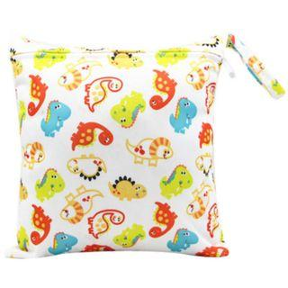 【YYB 41】L Size (30*28cm) Wetbag / Baby Diaper Wet Bag / Childcare Bag / Travel Bag