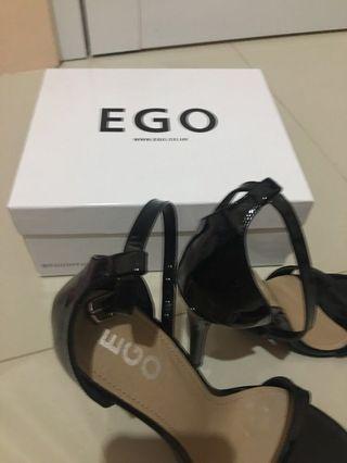 EGO Archer Heels Black 38 | Strap Heels