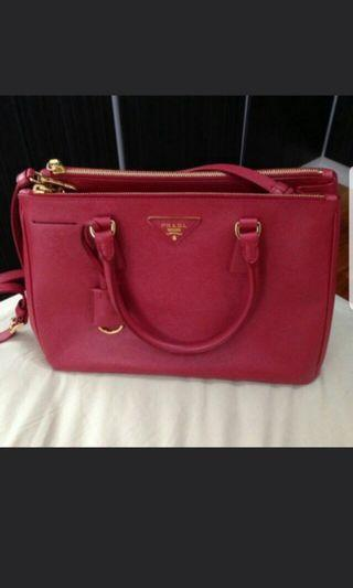 Authentic Prada BN1801 FUOCO SAFFIANO LUX BAG