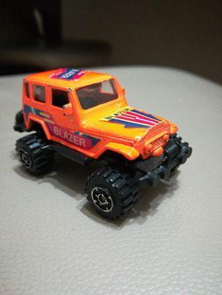 小朋友玩具吉普車