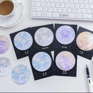[po] planet inspired post it notes