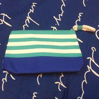 🚚 倩碧 海軍風條紋拼接化妝包 置物包 收納包 手拿包 盥洗包