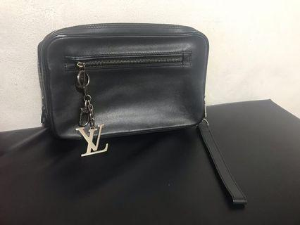 Louis vuitton bag cowo