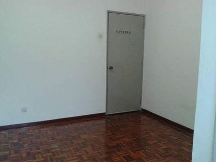 Room to let - Tmn Wawasan 2, Pusat Bdr Puchong