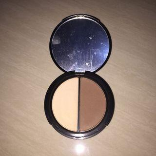 Focallure contouring kit highlighter and bronzer