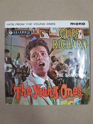 CLIFF RICHARD : Hits From The Young Ones - EP