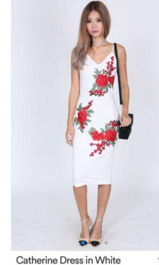 BN MDS CATHERINE DRESS IN WHITE SIZE S