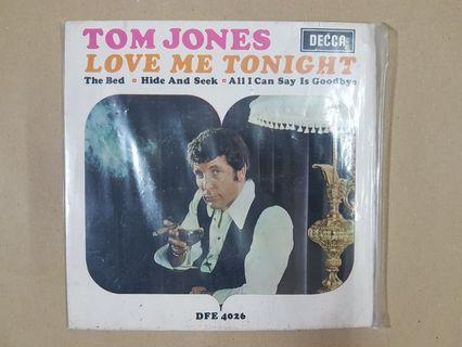 TOM JONES : Love Me Tonight - EP