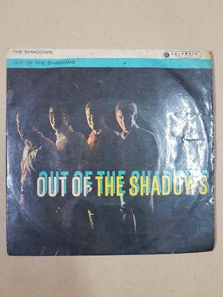 THE SHADOWS : Out Of The Shadows - EP