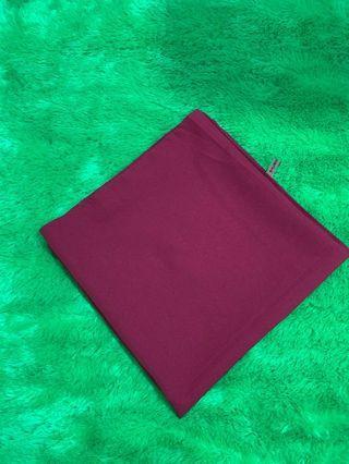 Jilbab segiempat cuma sekali pake maroon glam