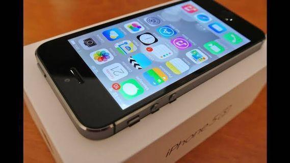 In Like New Condition! Original Apple iPhone 5s