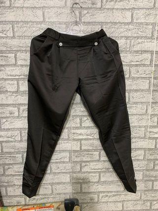 Celana dark grey button celana hias kancing