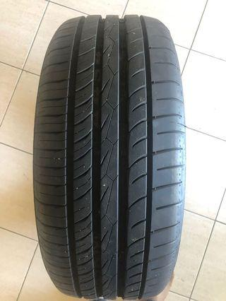 Continental Tyre 215/50R17
