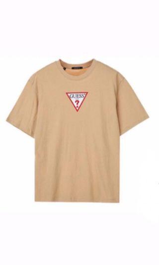🚚 Guess短T 大logo倒三角(size:L)