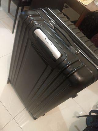 99.9全新贈品大型皮質32吋行李箱 登機箱